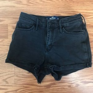 3 or 26 HOLLISTER SHORTS IN BLACK